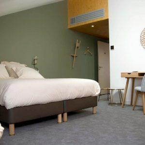 La suite du Patio, un bel espace mansardé qui occupe plus de 50 m2 au 3ième Etage.